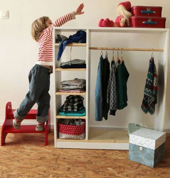Guarda roupa infantil pequeno