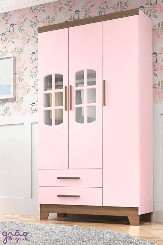 Guarda roupa infantil retrô cor de rosa