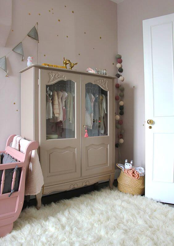 Guarda roupa infantil retrô