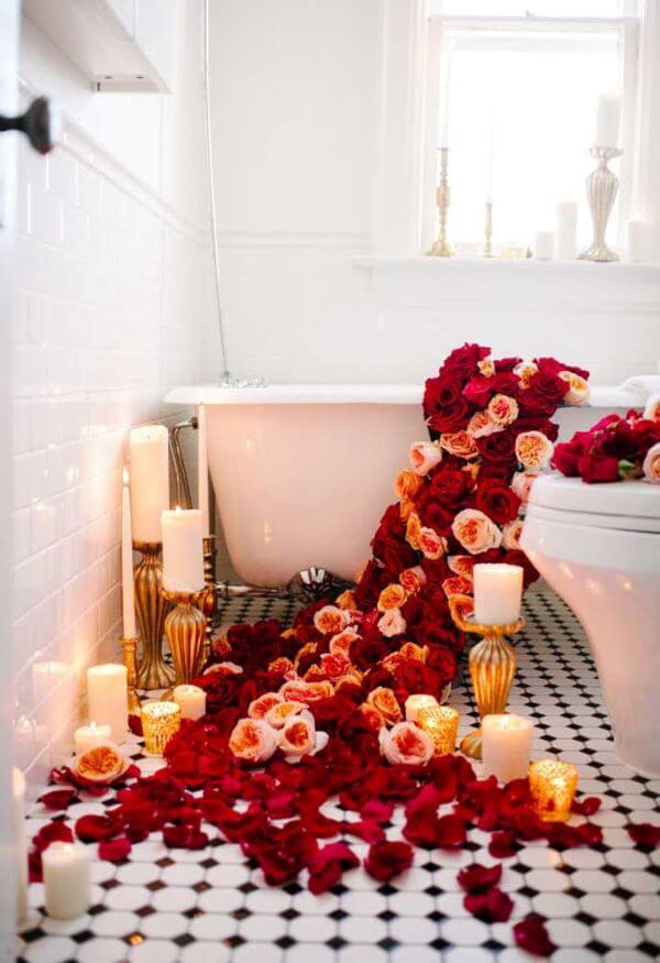 Flores são lindas para compor sua decoração romântica