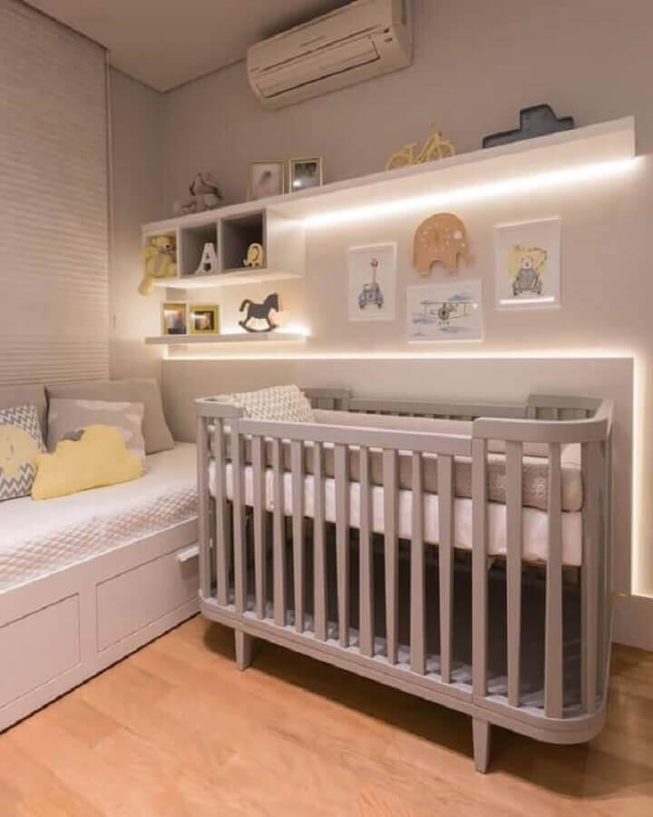 iluminação de led para prateleiras de quarto de bebê planejado masculino Foto Pinterest