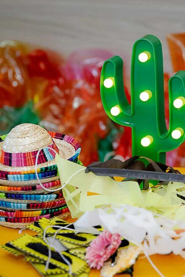 cactus shaped led light fixture for Mexican party decoration Photo Catch My Party