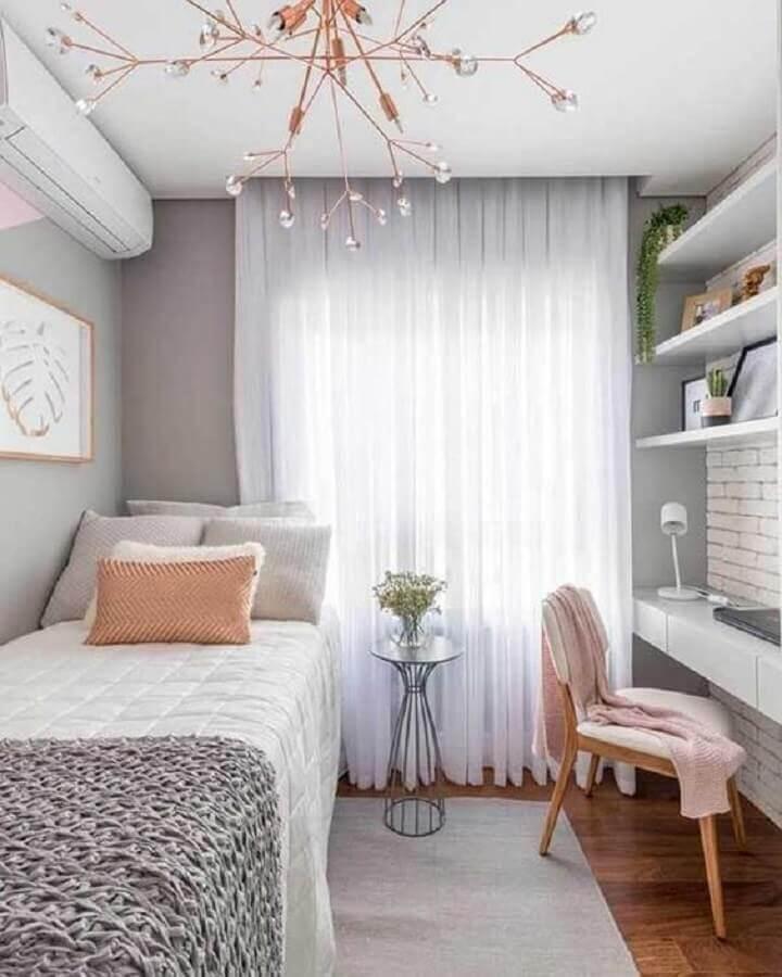 lustre moderno rose gold para quarto de solteiro feminino pequeno Foto Sua Decoração