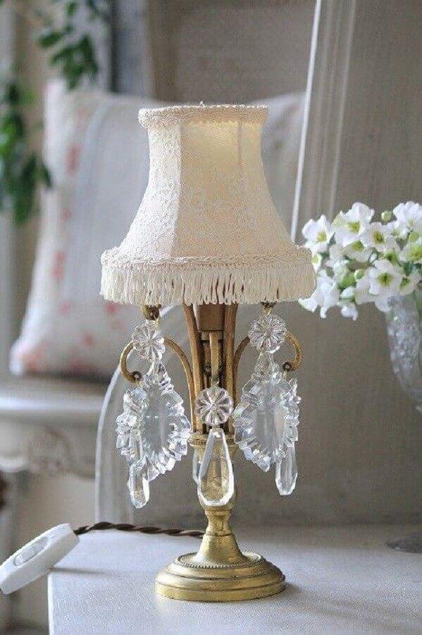 modelo de abajur antigo com cristais Foto Archzine