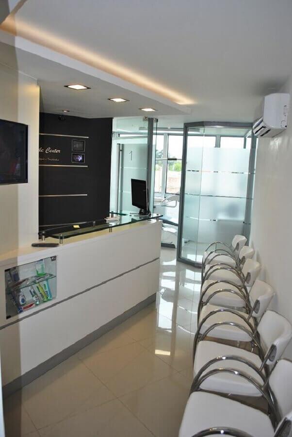 modelo de cadeira de escritório fixa branca para recepção Foto Pinterest