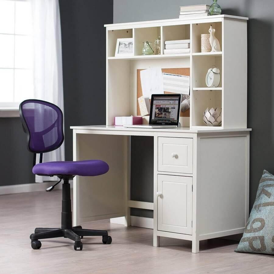 modelo simples de cadeira de escritório sem braço roxa Foto Pinterest