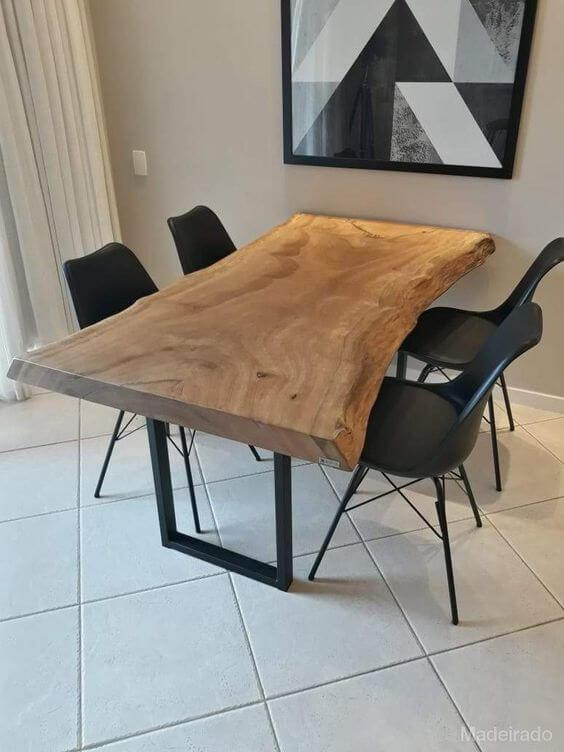 Móveis de ferro com madeira