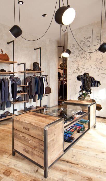 Móveis feitos de ferro e madeira para closet moderno