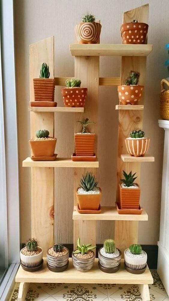 Plantas pequenas na sacada