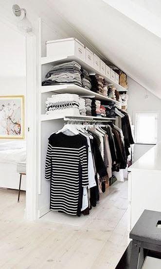 Escolha um cantinho do quarto para montar seu guarda roupa