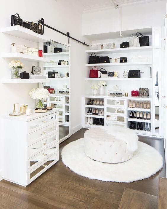 Puff para closet e gaveteiro moderno espelhado