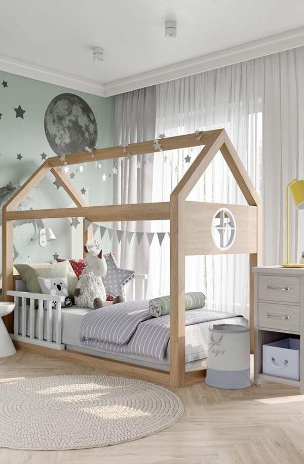 Quarto infantil com cortineiro de gesso