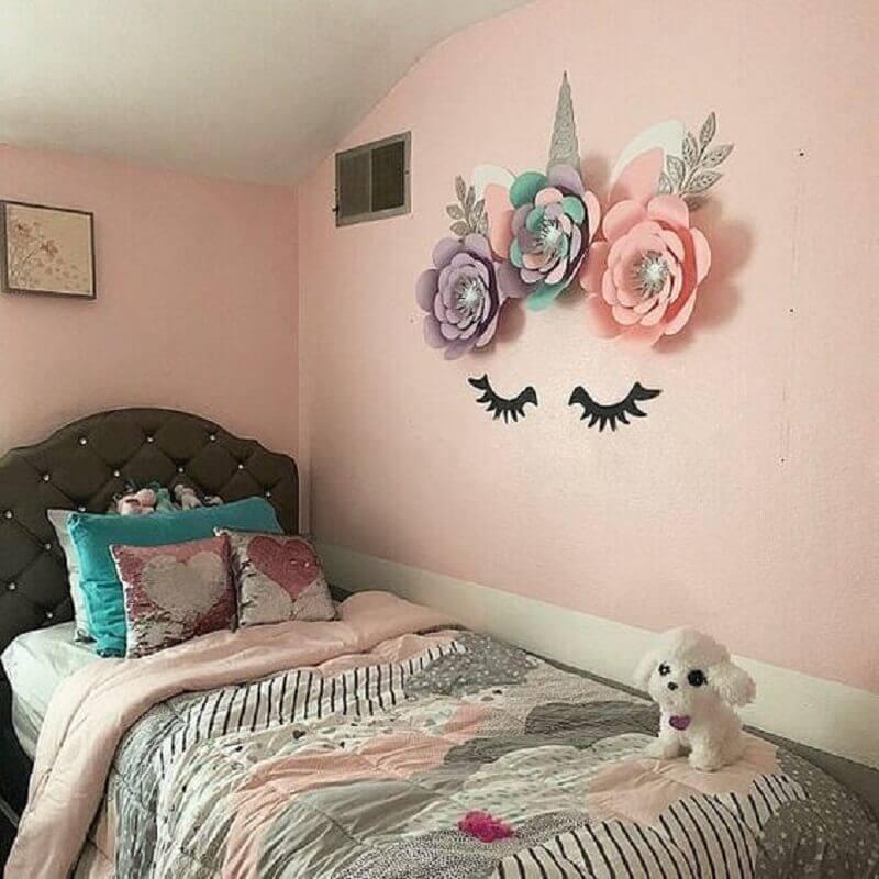 quarto de unicórnio simples decorado com rosas de papel na parede Foto Etsy