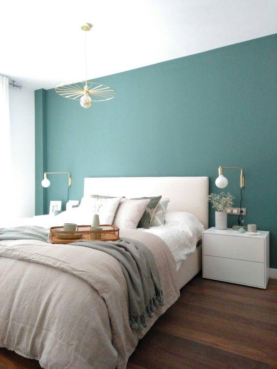 Quarto verde com cama box casal
