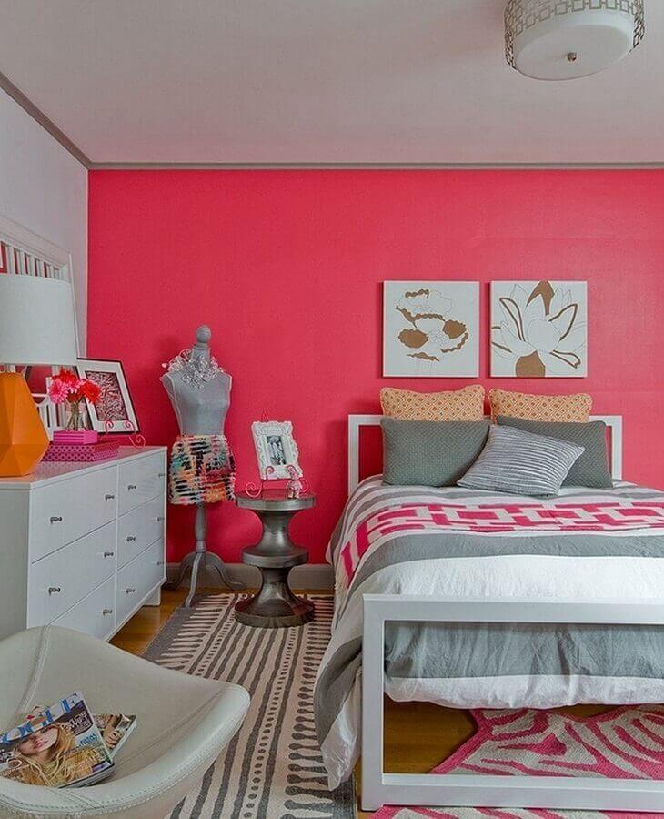 quartos bonitos femininos com parede cor de rosa Foto Pinterest