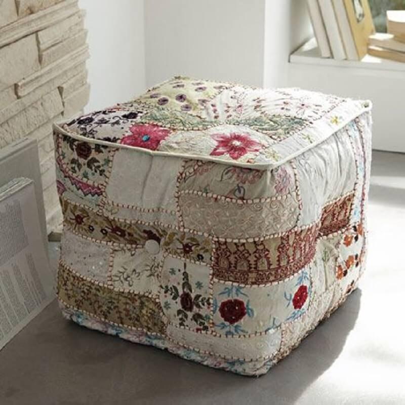 retalhos de tecidos para puff quadrado