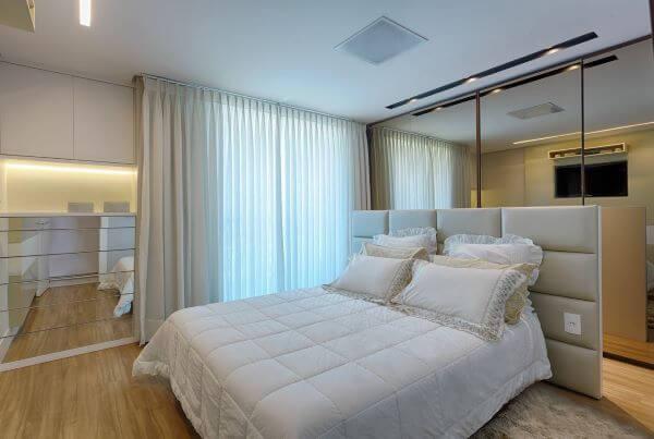 Compre a cama box casal nas medidas adequadas para seu quarto