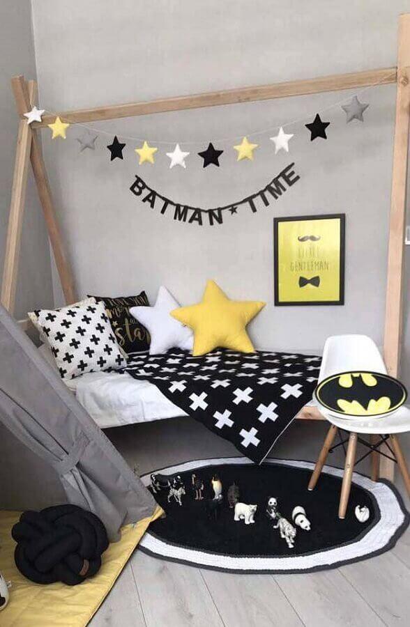 tapete de crochê para quarto de menino cinza e amarelo Foto Archzine