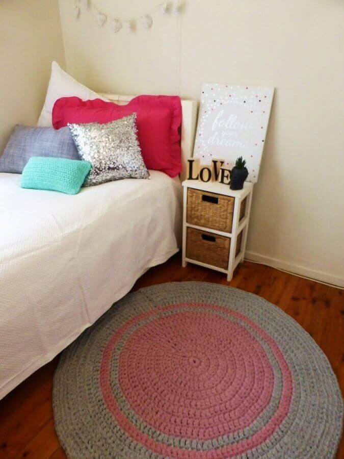 tapete de crochê para quarto de solteiro simples Foto Ideias Decor