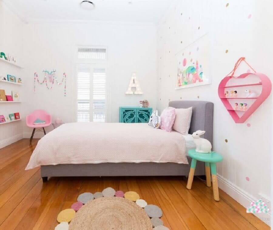 tapete de crochê para quarto infantil decorado em tons pastéis Foto Pinterest