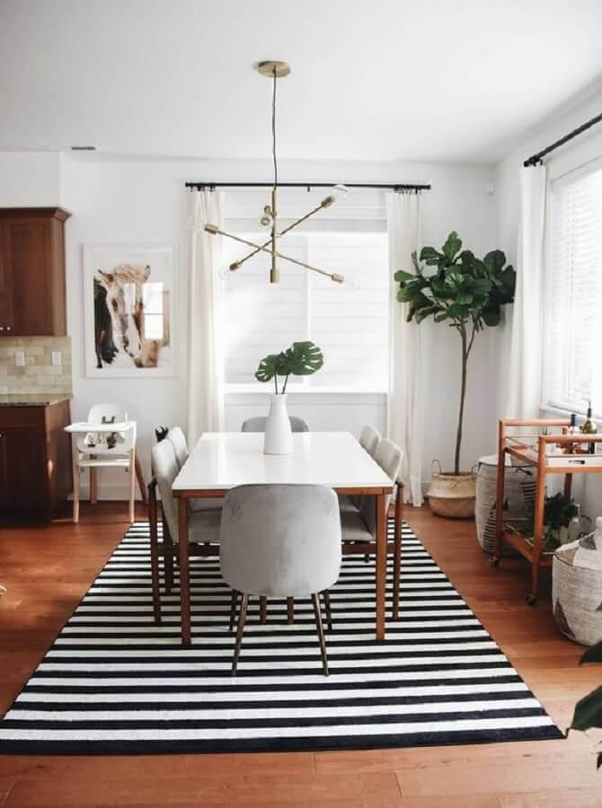 tapete listrado preto e branco para sala de jantar Foto Pinterest