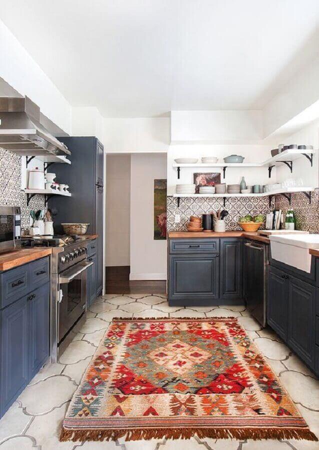 tapete para cozinha preta planejada Foto Apartment Therapy