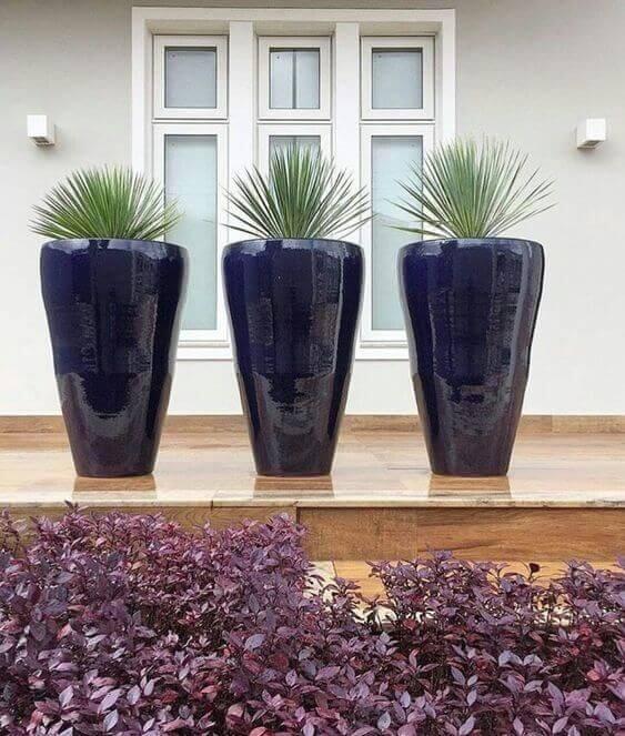 Vasos grandes para jardim na cor azul