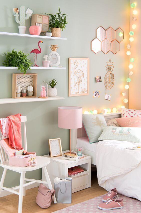 Os vasos de plantas pequenas para quarto romântico
