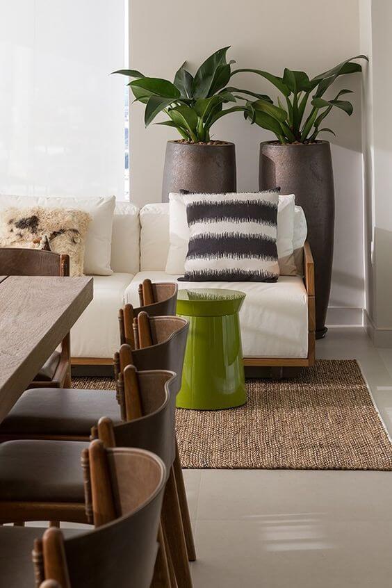 Vaso grande para sala de estar clássica e sofisticada