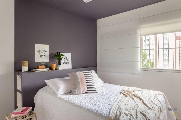 Invista em cortinas para quarto feminino do tipo blackout