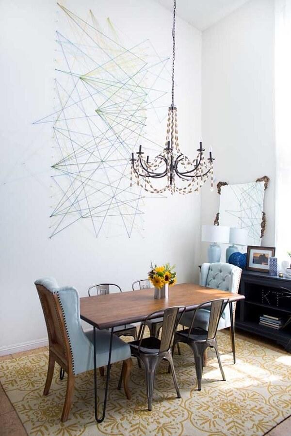 A string art pode ficar exposta na parede da sala de jantar