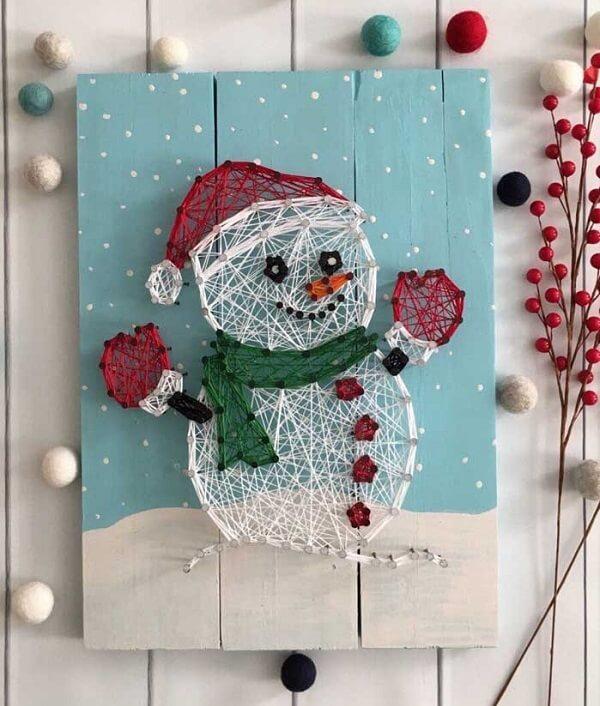 Boneco de neve fofo feito com string art