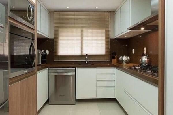 Projeto de cozinha com granito café imperial em formato U