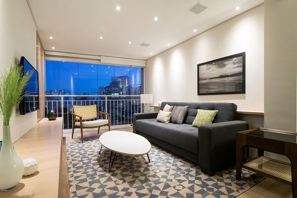 O feng shui cores para sala de estar deve prezar pelo equilíbrio entre os tons das paredes e móveis