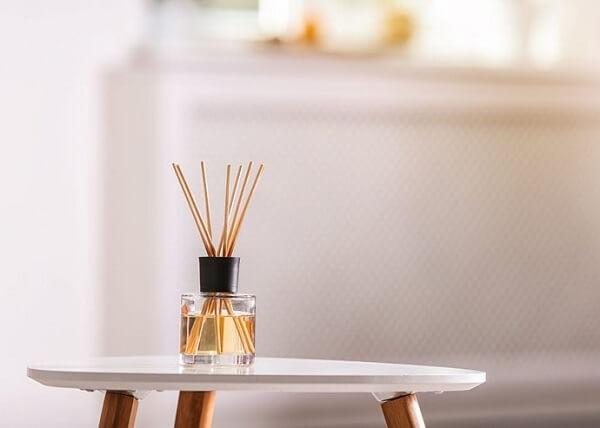 Os aromas segundo o feng shui sala melhoram as vibrações de um ambiente