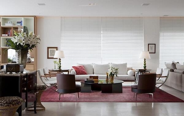 Segundo o feng shui sala deixar móveis e objetos quebrados no ambiente bloqueia energias