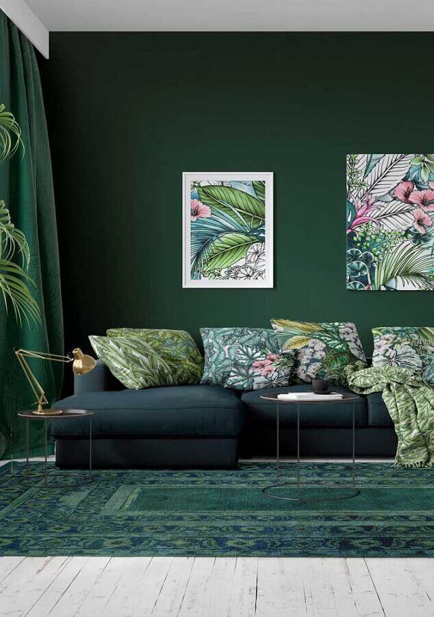 almofadas e quadros com estampa de folhagens para sala verde Foto Houzz