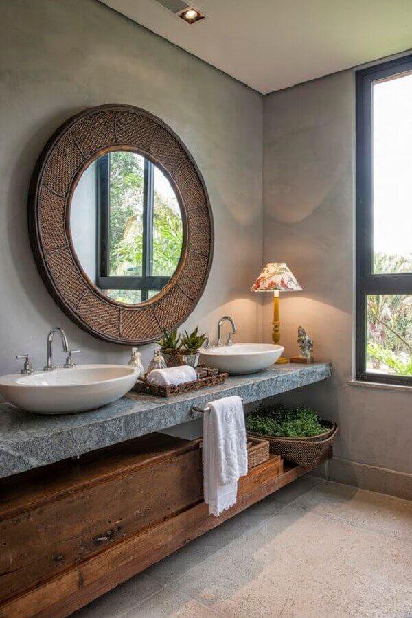 balcão de banheiro rústico e moderno com parede de cimento queimado Foto Pinterest