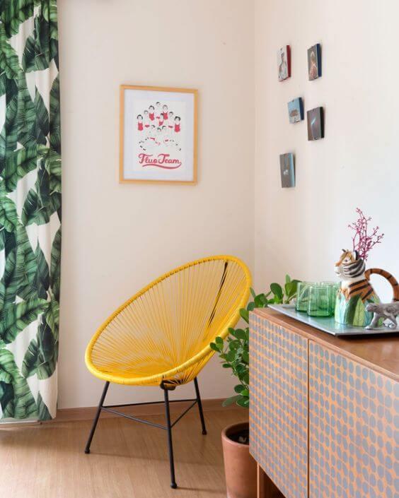 Alegre o ambiente com a cadeira amarela acapulco