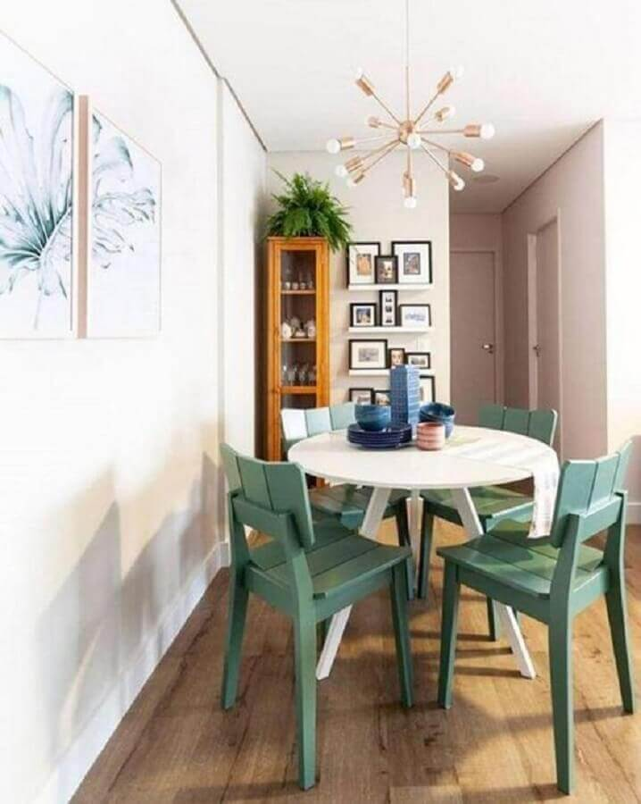 cadeira verde menta para sala de jantar pequena Foto Pinterest