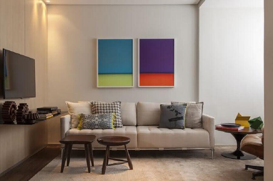 composição de quadros na parede de sala neutra Foto Studio Mira Arquitetura