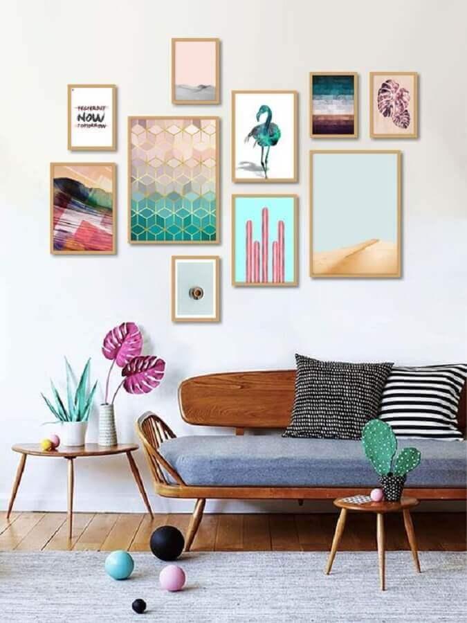 composição de quadros na parede para decoração simples Foto AMMO Quadros