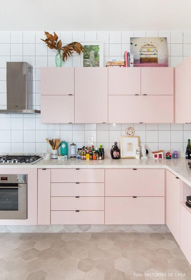 cor rosa pastel para decoração de cozinha planejada simples Foto Histórias de Casa