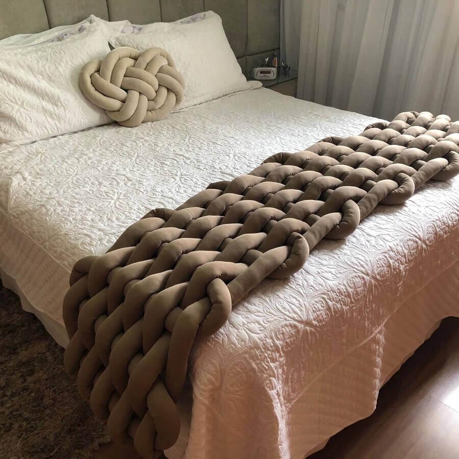 decoração com peseira para camas Foto Our Home 94