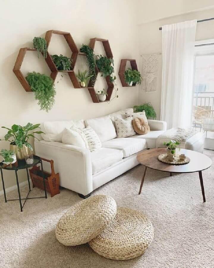 decoração com plantas na parede de sala branca Foto Pinterest