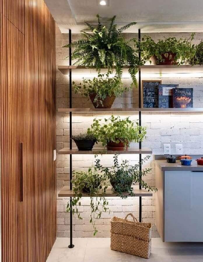 decoração com plantas para estante industrial Foto Pinterest