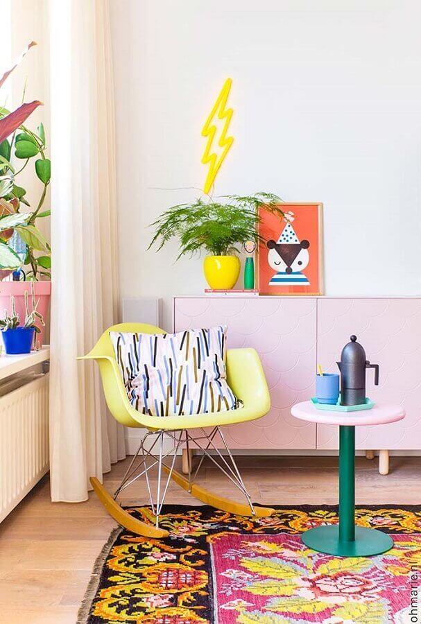 decoração com plantas para sala colorida Foto Oh Marie!