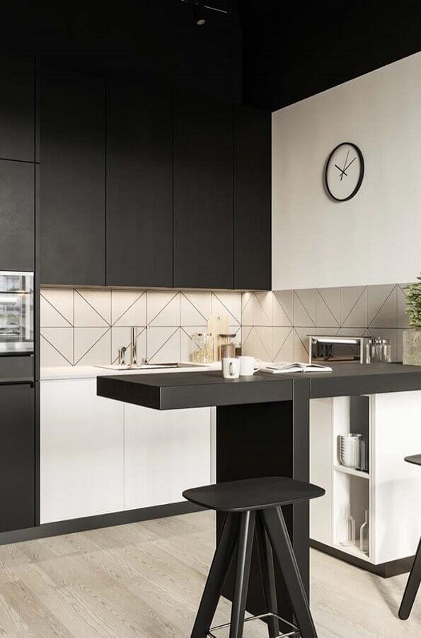 decoração moderna para cozinha pequena em U preta e branca Foto Webcomunica