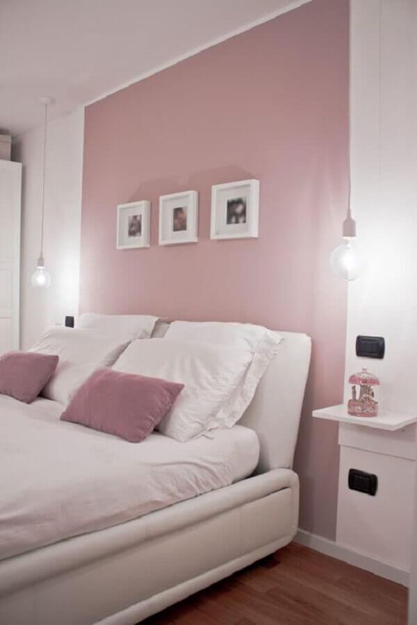 decoração para quarto de casal rosa pastel e branco Foto Futurist Architecture