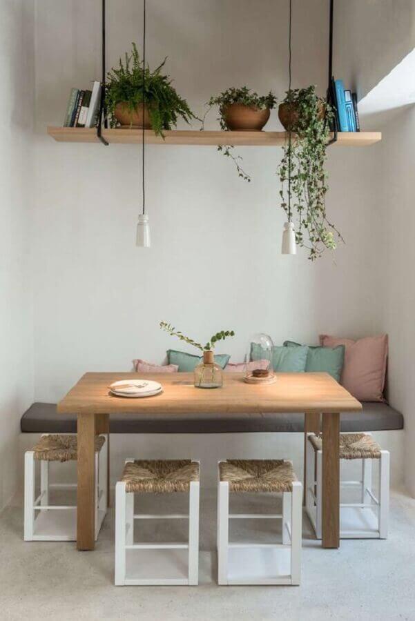decoração simples com prateleira suspensa para plantas Foto Home Fashion Trend